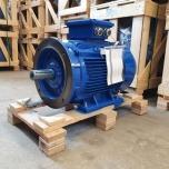 Elektrimootor 37,0kW/3000 p/min T3C 200L2-2 B35; IE3; IP55; 400/690V; PTC termistorid 130℃
